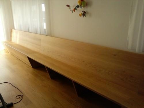 Massivholz-Sitzbank